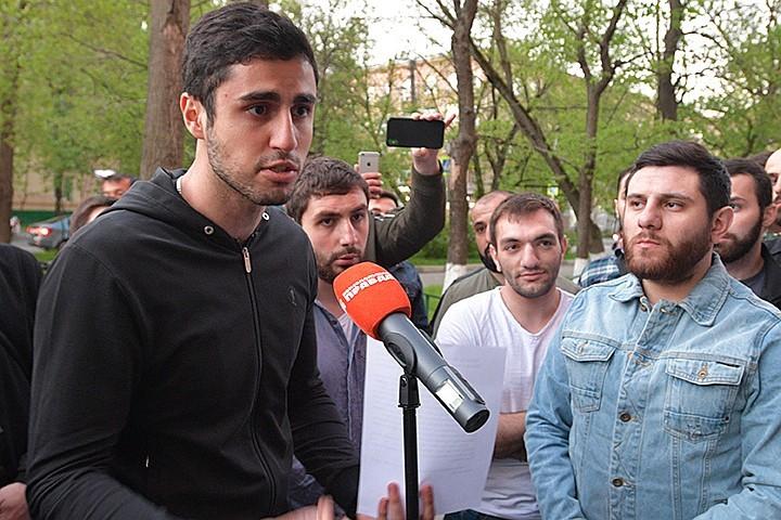 Порно геев маленьких мальчиков фото на сайте sexi-video.ru