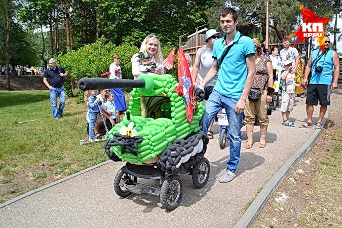 На парад колясок в Воронеже